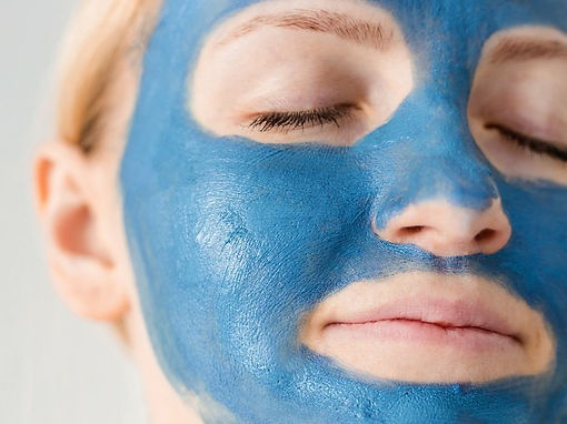 Blue face mask with argan oil