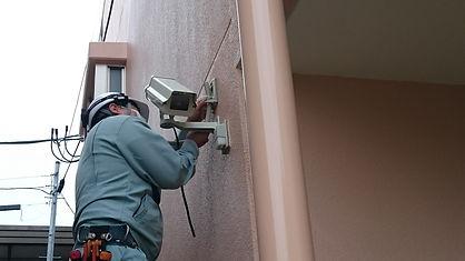 無線式防犯カメラはコンセントが近くにあれば配線不要