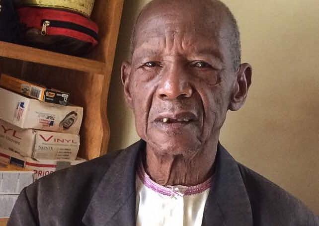 Mzee John