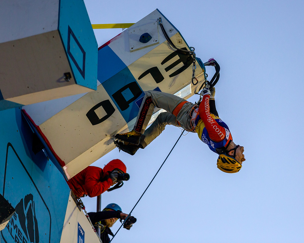 Nikolai Kuzovlev (RUS), 2019 UIAA Ice Climbing World Cup, Denver, USA, Feb 23-24, 2019, Denver, Colo.