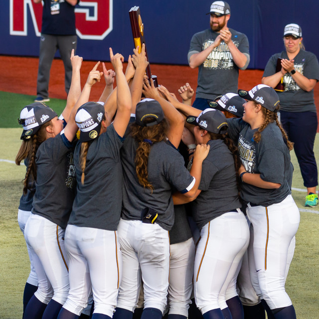 Augustana (SD) Celebration of winning 2019 NCAA Softball D2 Championship