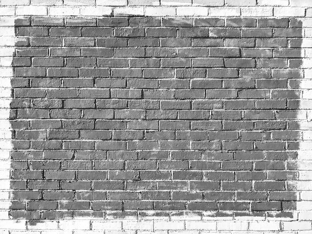 White%20and%20blue%20brick%20wall_edited