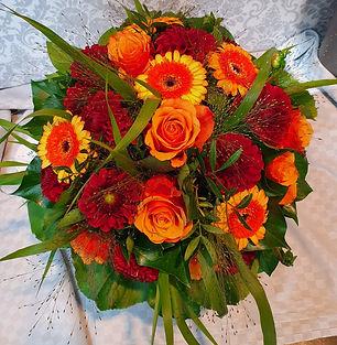Rosen Strauß ab 50€.jpg