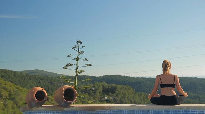 Enlighten Yoga Retreat