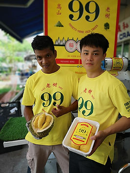 99 Old Trees Team dehusk durian to prepare for delivery