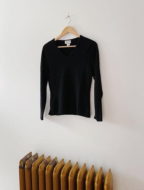 Black Cashmere V-Neck Sweater   S/M