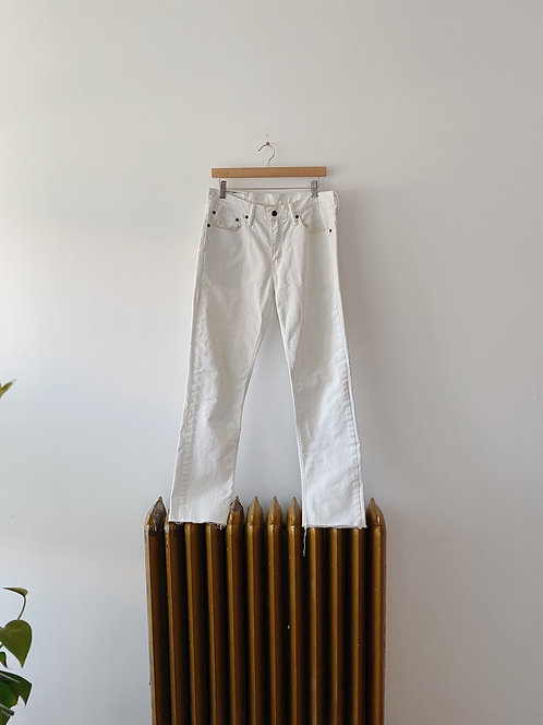Cropped White Levi's Jean's | 32