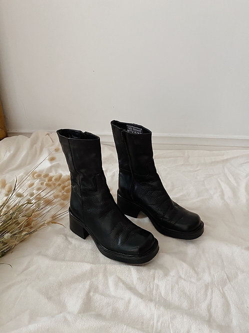Black Leather Boot | 6