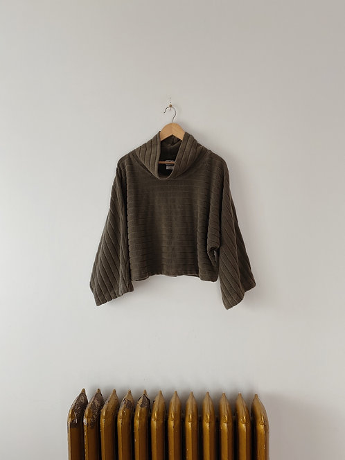 Fern Cub Cropped Turtleneck Sweater