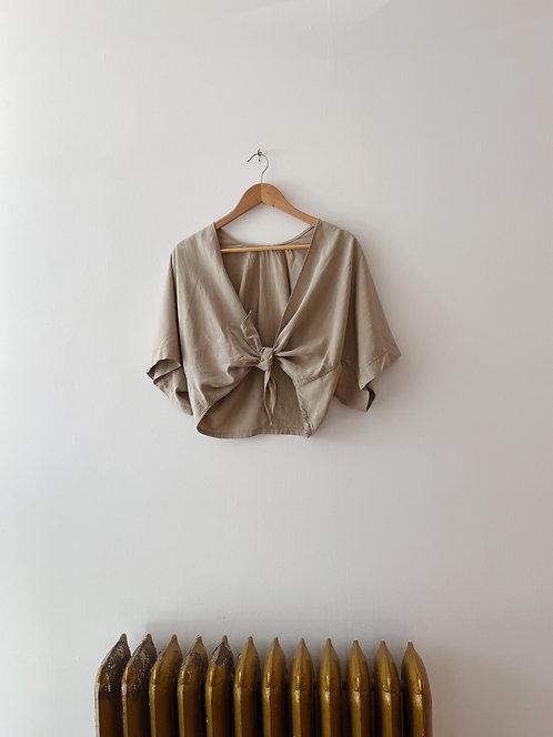 Stone Silk Cub Wrap Top