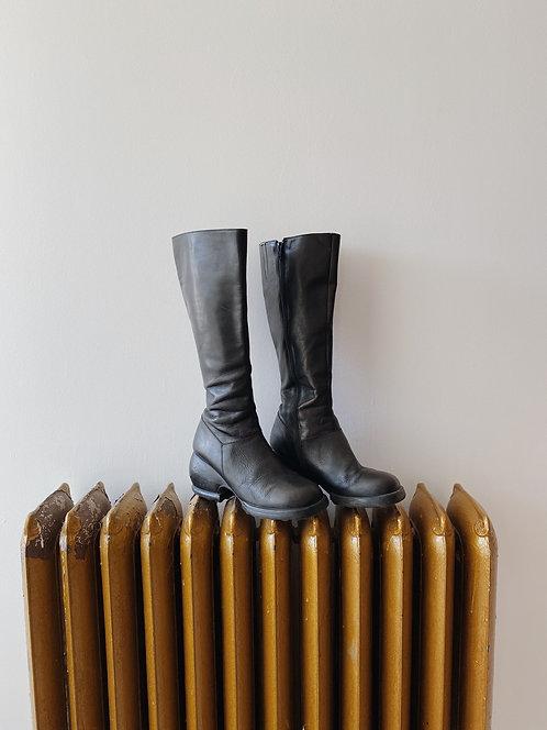Black John Fluevog Boots | 8.5