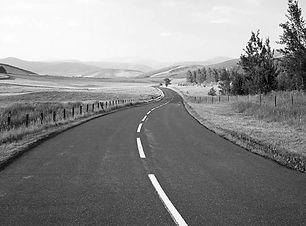 web-road-lines-empty-istock.jpg