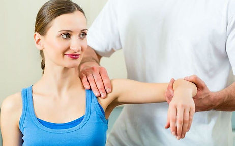 Curis360 Physiotherapy Treatment