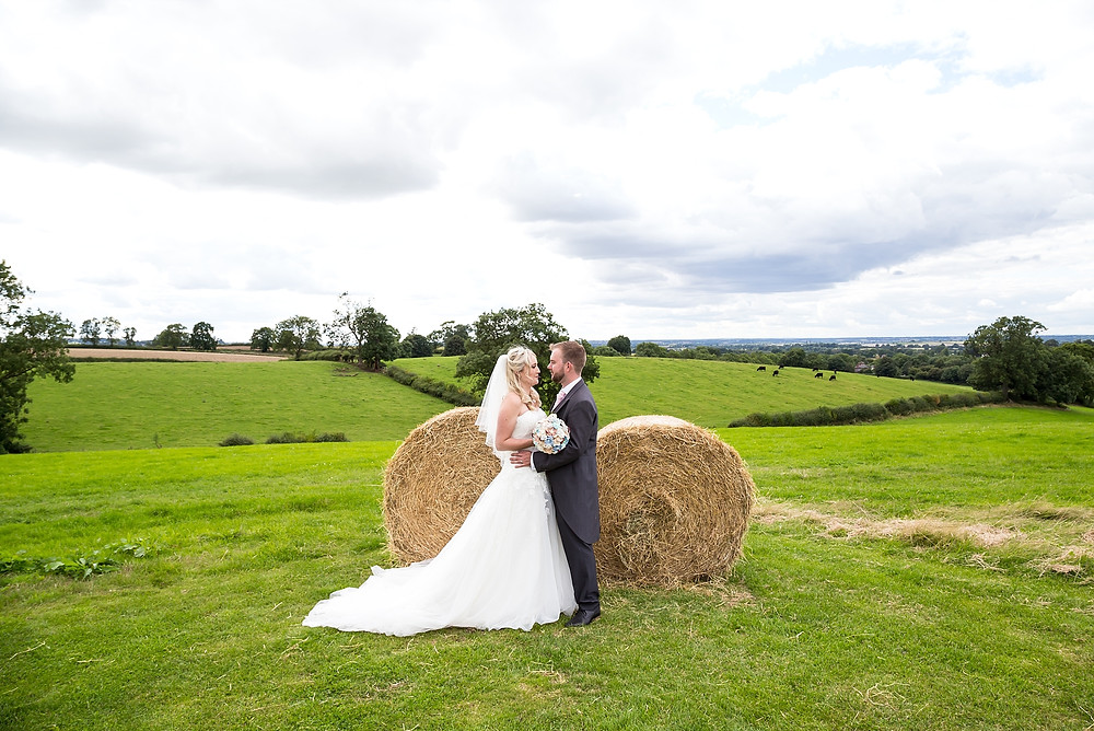 Married couple at Home Farm Events Braunston