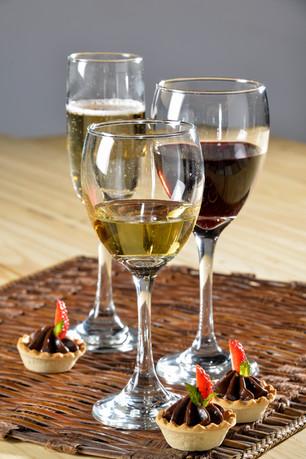 WineandChampagne.jpg