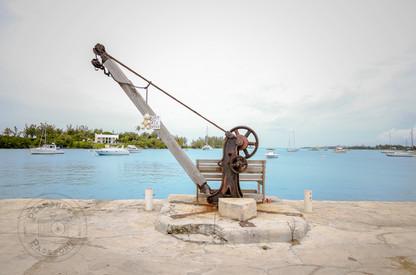 Hanger, Bermuda