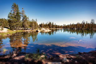 2 Spider Lake in Tahoe Natl Forest - How