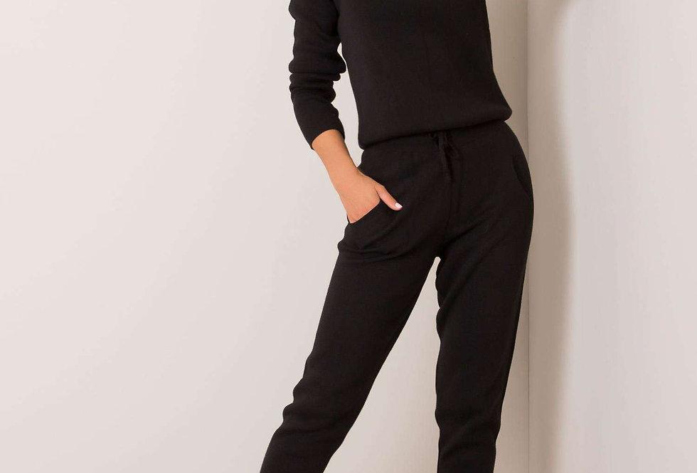 Komplet sweterkowy ALVA RUE PARIS Czarny
