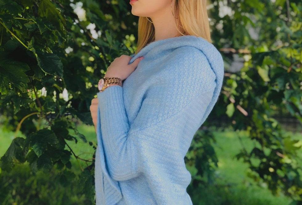 Sweter z kapturem i rękawami typu nietoperz
