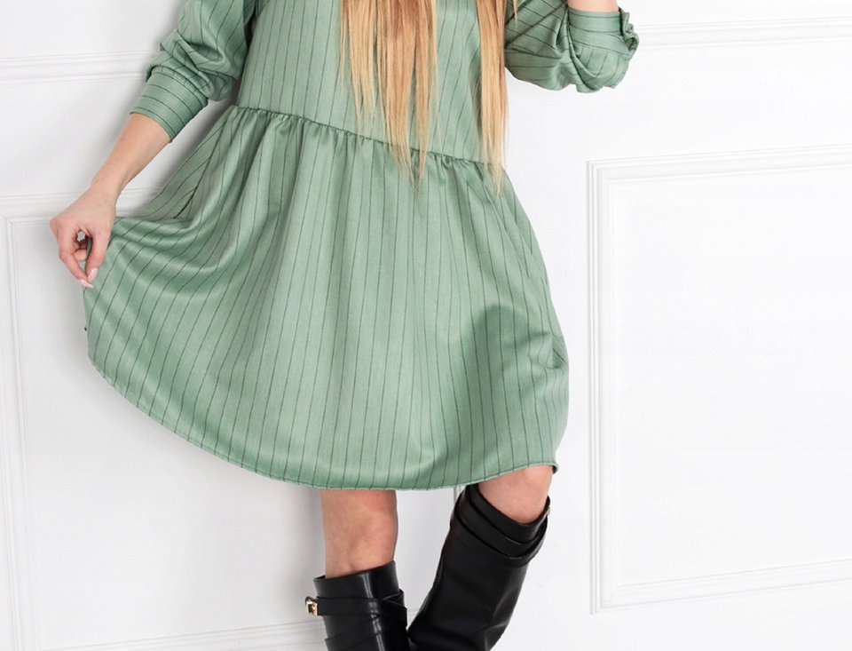 oversize'owa sukienka odcinana w pasie: Zielona