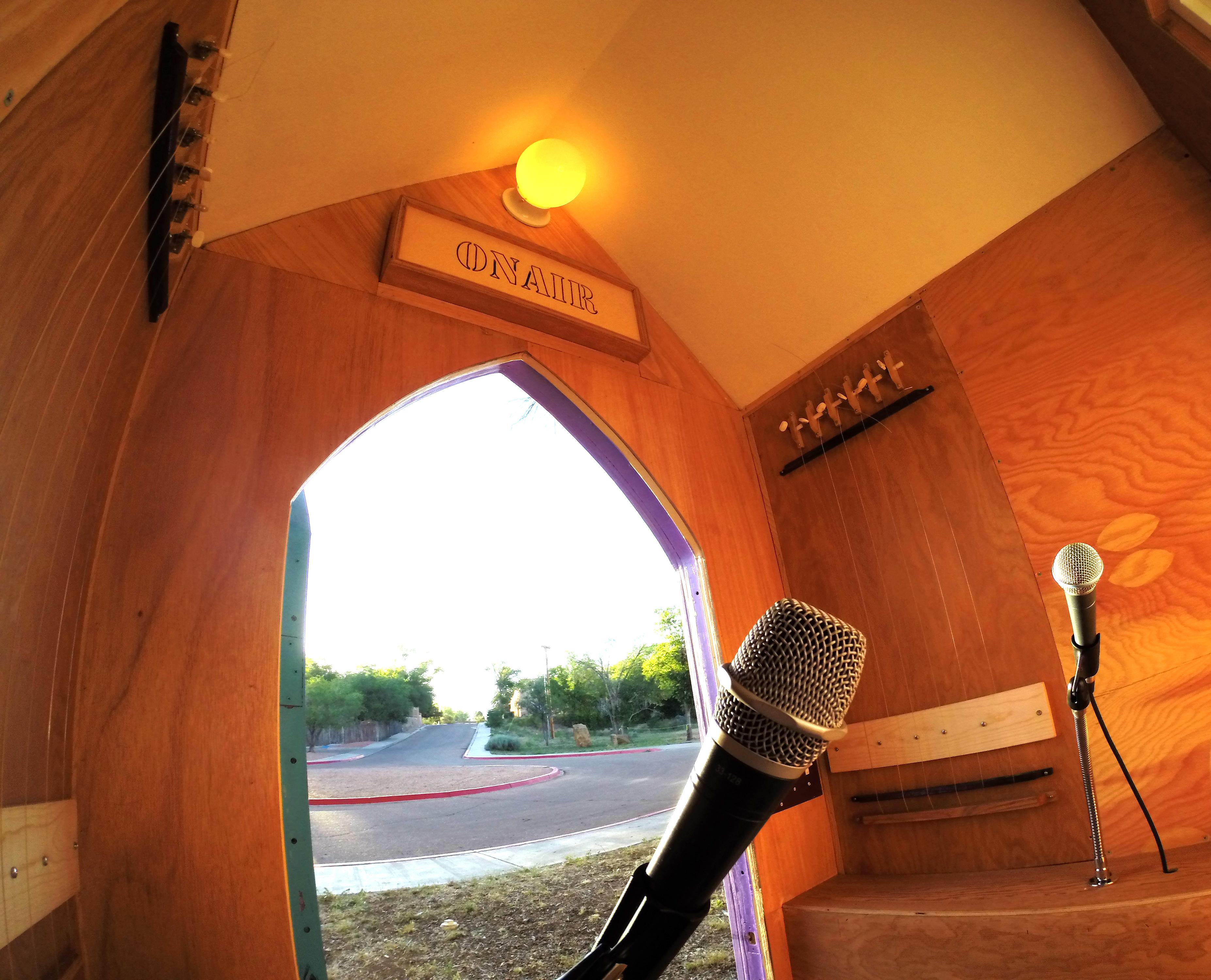 Radio Confessional