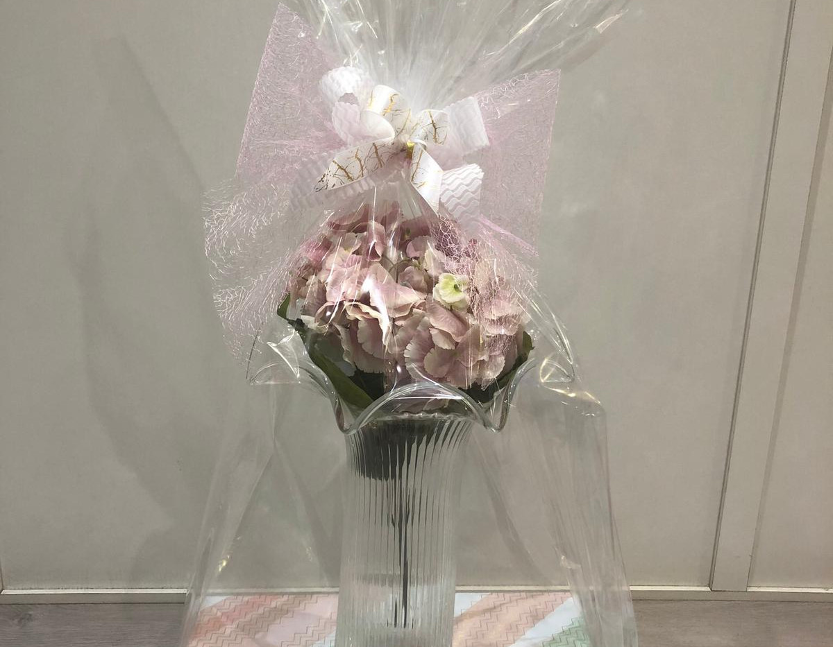 IVV Large Frill Vase with Chocolates.jpg