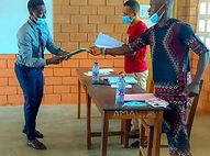 Baba bei der Diplomübergabe.jpg