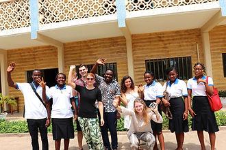Projektleitung und Volunteers mit Azubis