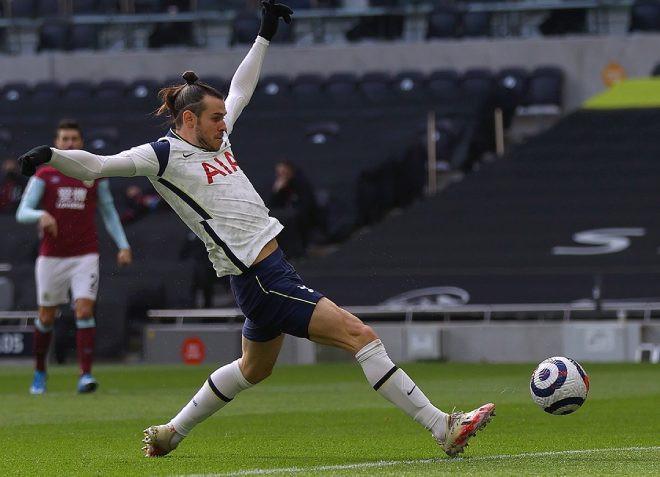 """Bale ghi bàn thắng """"siêu tốc"""" vào lưới Burnley"""