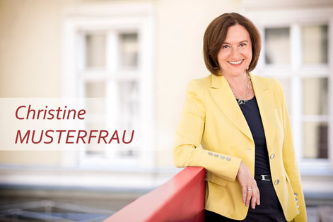Business-Dame-lehnend-Portrait.jpg