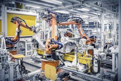Schweissroboter-Auto-Produktionsstrasse.