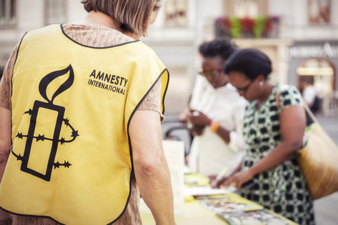 Unterstuetzer-Amnesty-International-Unte