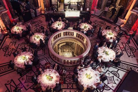 Firmenfeier-Gala-Dinner-Vogelperspektive