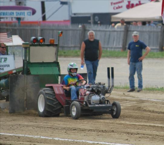 quarter scale tractor pulls