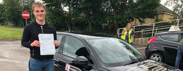 Spencer Roots, Haslemere driving lesson student, passes first time
