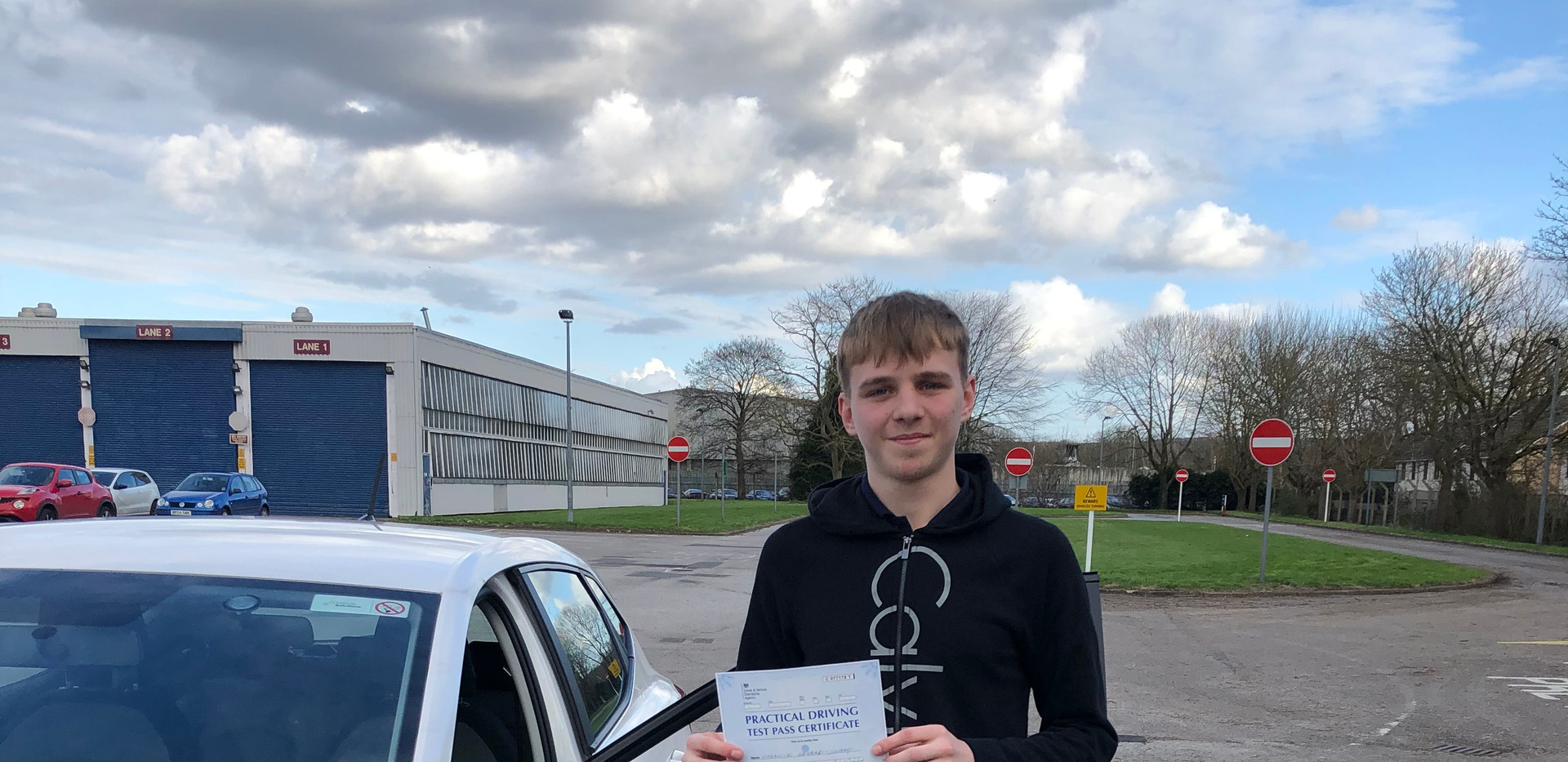 Harrison our Witley driving school studentpasses first time at Guildford