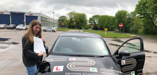 First time pass for Liphook driving school student Nora
