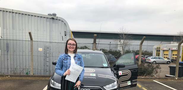 Haslemere driving school student Scarlett passes at Guildford