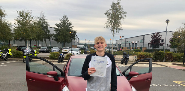 Haslemere driving school student, Max Barnes, passes first time in Farnborough