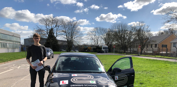 Haslemere Driving School student passes first time