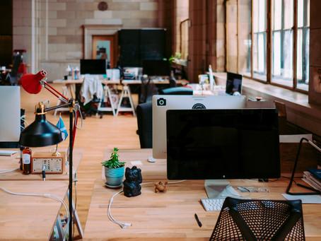 Afinal, escritórios com espaços abertos, estilo 'planta livre', são realmente mais colaborativos?