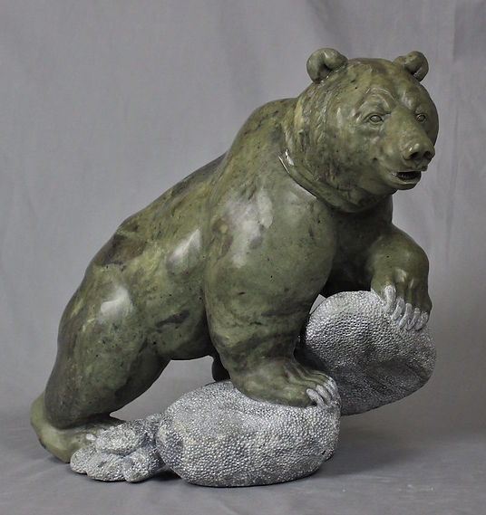 australian marble soapstone sculptor titled Boulder by sculptor andrew gable.