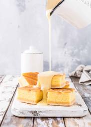 homemade-baked-pudding-cake-RFJZTUM.jpg