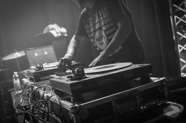 DJ Thay