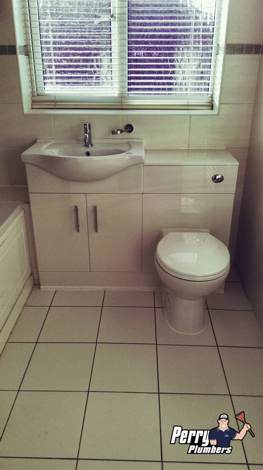 Toilet and basin unit - Burgess Hill