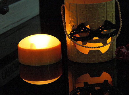 Halloween Lighting Ideas for Your Home and Garden