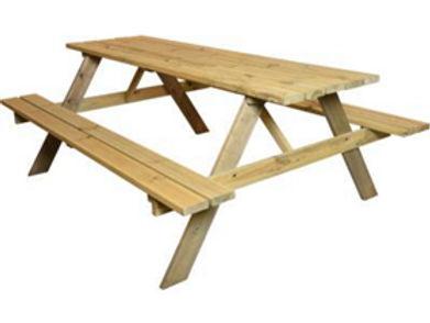 Spruce Picnic Table.jpg