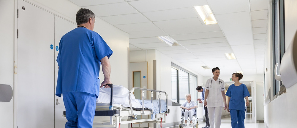 hospital image with doctors in scrubs