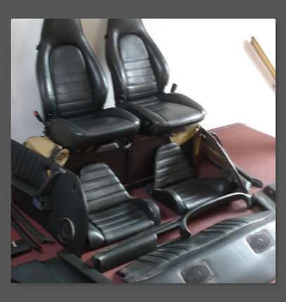 19886 Porsche Leather Interior boarder.j