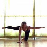 d8d99134157693f603f5731f645ef3df--challenging-yoga-poses-advanced-yoga-poses.jpg